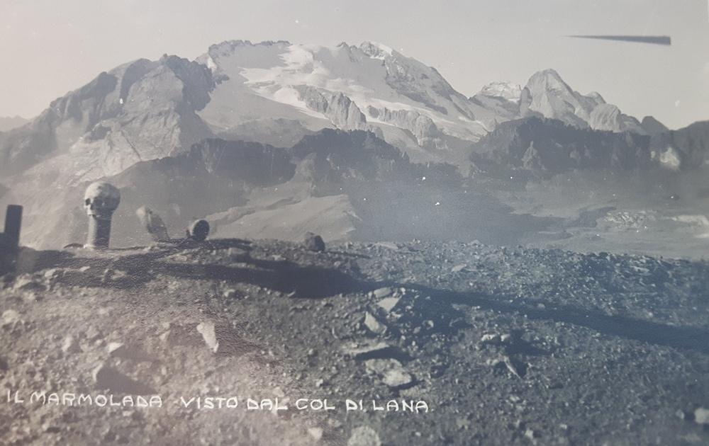 Vista sul ghiacciaio della Marmolada